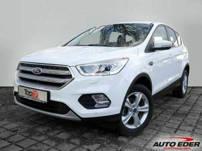 gebraucht Ford Kuga 1.5 EcoBoost Titanium 4x2 StartStopp EURO 6 Navi