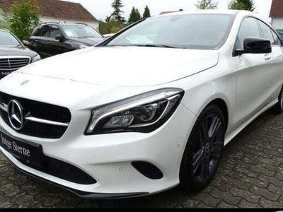 gebraucht Mercedes CLA200 Shooting Brake LED+KAMERA+KEYLESS+PTS+SHZ+KLIMA+MEDI