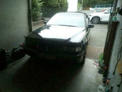 gebraucht BMW 520 E39 i mit LPG Prinz Anlage ohne felgen
