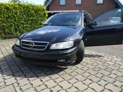 gebraucht Opel Omega Caravan 2.2 16 V Edition