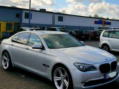 gebraucht BMW 740 f01Benzin 326ps