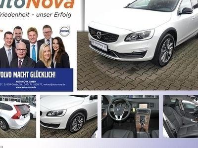 gebraucht Volvo V60 CC D3 Pro Bi-Xenon Navi Leder