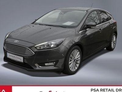 gebraucht Ford Focus 1.0 125 EcoBoost Titanium S&S, Navi, Einpa