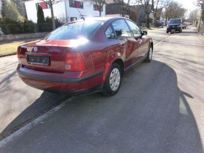 gebraucht VW Passat 1.8 5V --Klima--