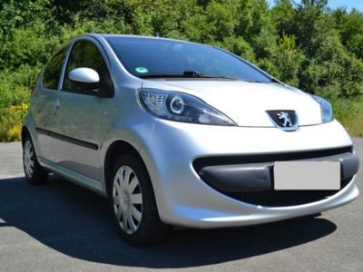 gebraucht Peugeot 107 TOP TÜV NEU