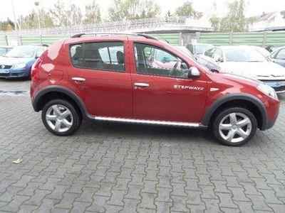 gebraucht Dacia Sandero 1.5 dCi Stepway mit Klimaanlage und AHK.