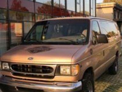 käytetty Ford Econoline V10 6,8 Clubwagon