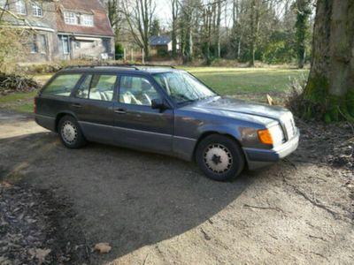 używany Mercedes 230 TE W 124