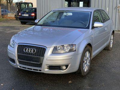 gebraucht Audi A3 1.6 Attraction LPG Prins*KLIMA*SHZ* als Limousine in Hamburg