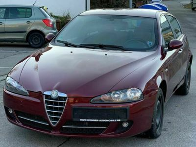 gebraucht Alfa Romeo 147 1.6 TS 16V 120 Basis als Limousine in Wehingen