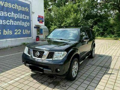 gebraucht Nissan Pathfinder 2.5 dCi SE**AUTOMATIK**