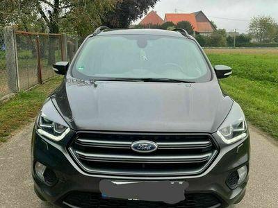 gebraucht Ford Kuga ST-line 2018