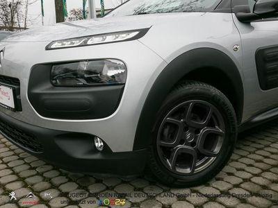 gebraucht Citroën C4 Cactus BlueHDi 100 S&S Shine Navi, Klimaaut.,