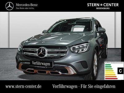 gebraucht Mercedes GLC220 d 4MATIC Distronic+Pano.-Dach+Spur-P. LED