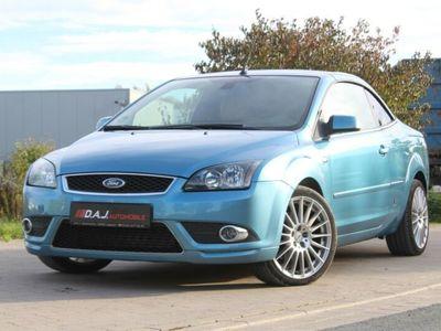 gebraucht Ford Focus Cabriolet 2.0 TDCi DPF Titanium/Bluetooth/PDC