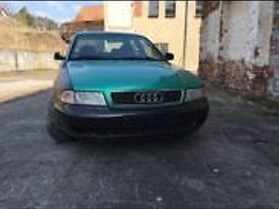 gebraucht Audi A4 B5 Quattro 2,4l 30V Limousine