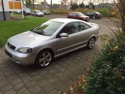 gebraucht Opel Astra 2.2 16V Coupe Edition 90 Jahre Bertone