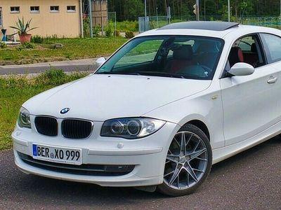 gebraucht BMW 120 Coupé d M-Sport, Glasdach, gepflegt