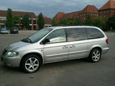 gebraucht Chrysler Grand Voyager 3.3 Limited als Van/Kleinbus in Berlin