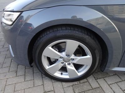 gebraucht Audi TT Roadster 1.8 TFSI S tronic Navi XENON