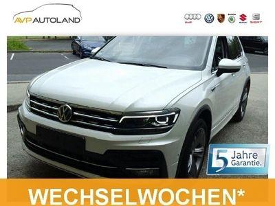 gebraucht VW Tiguan Highline 2.0 TSI BMT DSG 4MOTION R-Line schwarz