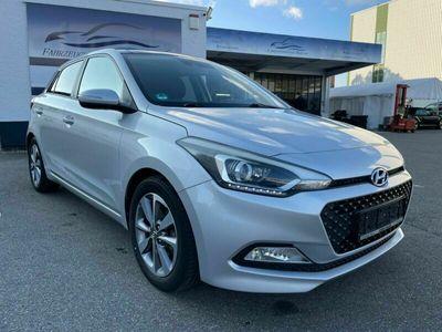 gebraucht Hyundai i20 Intro Edition Panorama Klimaautomatik