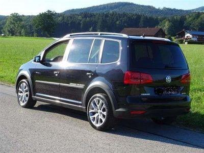 gebraucht VW Touran Cross 2.0 TDI DPF DSG