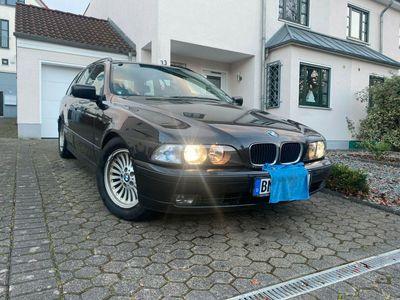 gebraucht BMW 528 i touring LPG Autogas Xenon Komfortsitze TÜV als Kombi in Frechen