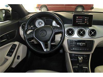 gebraucht Mercedes 200 Urban Xenon Leder Navigation PDC Sitzheizung