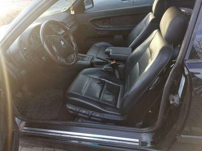 gebraucht BMW 320 i Sport Edition als Sportwagen/Coupé in Steinheim