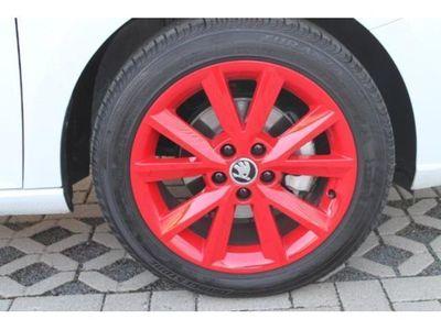 """gebraucht Skoda Fabia Red & Grey 1.0 55kW Klima SHZ 16"""" LM"""