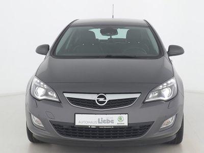 gebraucht Opel Astra INNOVATION BI-XENON|SHZ|PDC | Gebrauchtwagen | Limousine | L122622