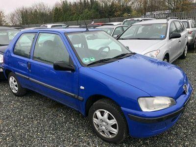 gebraucht Peugeot 106 1,1 Benzin / Tüv 6-2020