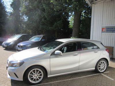 gebraucht Mercedes A180 URBAN/NAVPTS/SITZHEIZUNG/REMOTE ON/LICHT-S