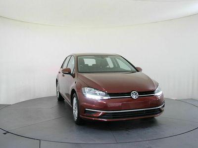 gebraucht VW Golf Comfortline 1.5 TSI 110kW 7-Gang DSG 4 Türen