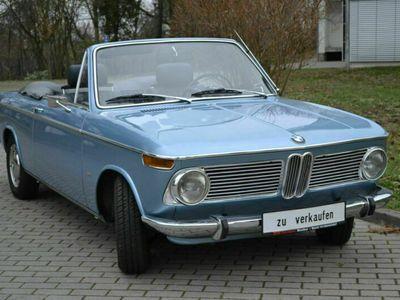 gebraucht BMW 2002 Blau Metallic Schaltgetriebe