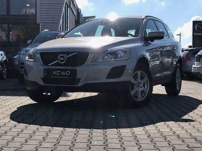 gebraucht Volvo XC60 D4 AT Momentum Assistenzpkt, Winterpkt.