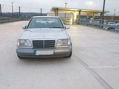 gebraucht Mercedes E220 W124als Limousine in Bendorf