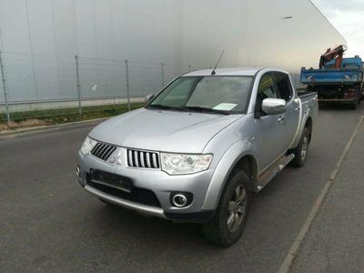 gebraucht Mitsubishi L 200 Intense Doppelkabine 4WD