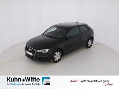 gebraucht Audi A3 1.6 TDI clean diesel Attraction *DSG*Assisten