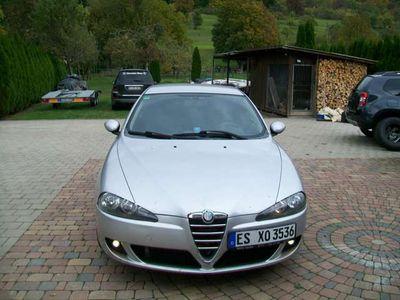 gebraucht Alfa Romeo 147 klimatronik+tüv 2021+alufelgen+gepflekt+usw