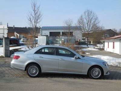 gebraucht Mercedes 250 E-Klasse Lim.EBlueTEC 4Matic-Navi-Leder-Led