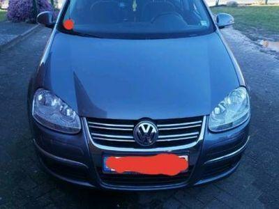 gebraucht VW Jetta VW| Euro4 | 2.0 TDI | 2500€ !!!