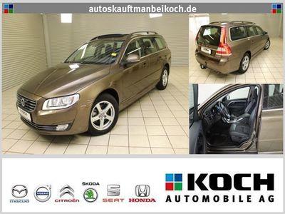gebraucht Volvo V70 D4 Momentum Aut.181 PS SD Navi