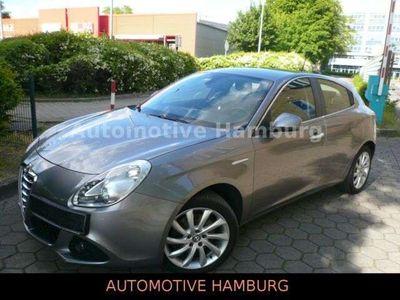 gebraucht Alfa Romeo Giulietta *Automatik*Leder*NAVI*Klimaaut*AHK*1.Hd