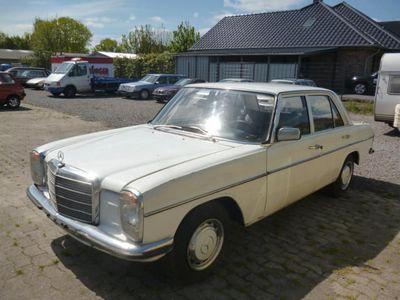 gebraucht Mercedes W114 6 8braucht Arbeitordentliche Substanz