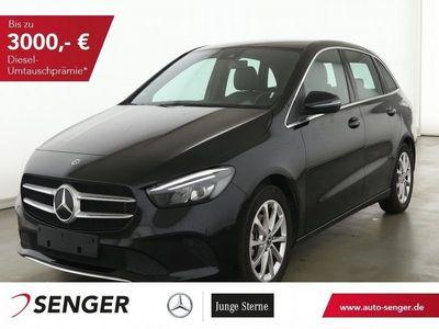 gebraucht Mercedes B180 D+NAVI+SHZ+TOUCHPAD+LED+COMAND+AUTOMATIK