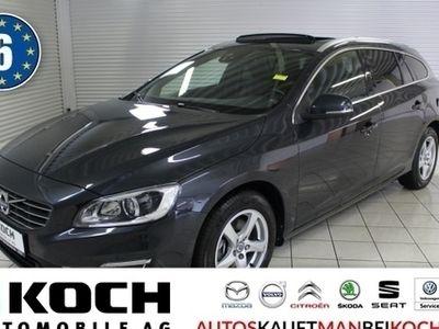gebraucht Volvo V60 CC D4e Summum Aut A GSHD Navi Stdhzg OnCall