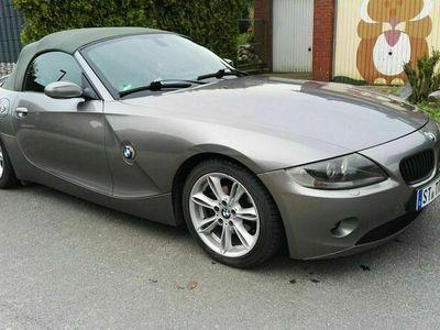 gebraucht BMW Z4 2.2i E85 in gute Hände abzugeben