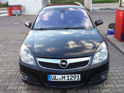 gebraucht Opel Vectra 1.9 CDTI Caravan Automatik Cosmo